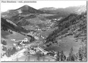 Plan Stazione - Veduta panoramica verso la Val Gardena - Estate 1952 Foto W. Planinschek
