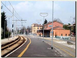 28 marzo 2004: la stazione è diventata una fermata