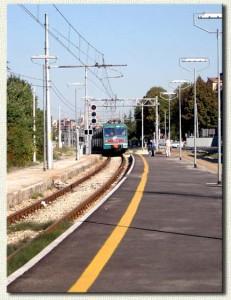 La fermata di Casalecchio di Reno il 4 settembre 2004.