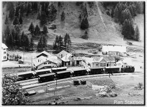 La stazione di Plan, Locomotiva in manovra