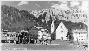 La fermata di Selva - Estate 1952 - Foto W. Planinschek
