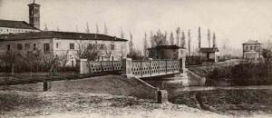 Il ponte sul Porto Canale - Sullo sfondo la stazione - Anno 1903